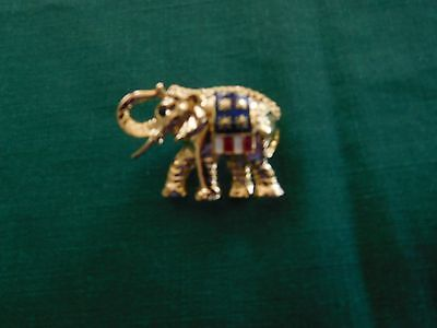 Nice Goldtone Elephant Pin