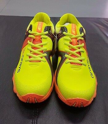 Grays G11000 Yellow Sample Hockey Shoes Size 9 US Mens