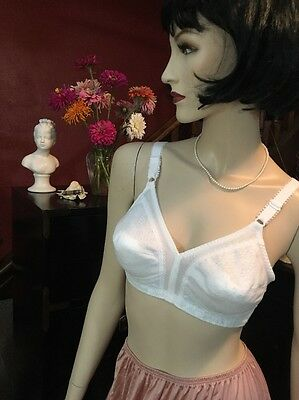 True Vintage Bra Retro Bullet Torpedo Pin Up Sissy White