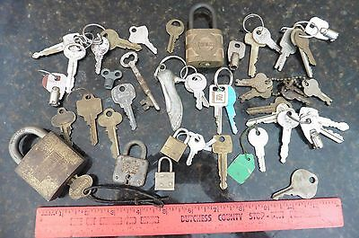 Lot of Keys pad lock vintage skeleton clock key Yale Lock Sargent Ford GM Master