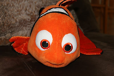 "Finding Nemo Orange Clown Fish 17"" Disney Store Plush Stuffed Animal"