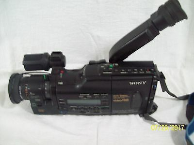 Sony Handycam CCD-V701 8mm with Accessories