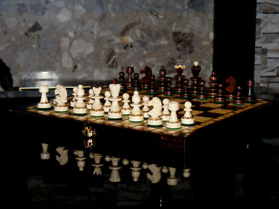 HAND CRAFTED PEARL WOODEN CHESS SET 35 cm x 35 cm *BRAND NEW*