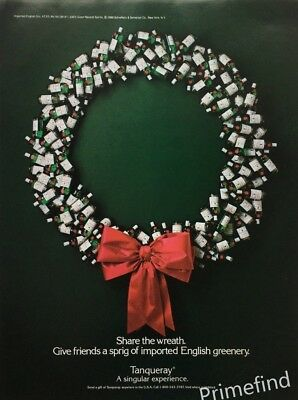 1988 TANQUERAY GIN  CHRISTMAS Wreath Made of  Gin Bottles Vintage PRINT AD