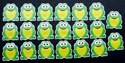 """20 Class Set Vintage Trend 3"""" Green & Yellow Frogs Bulletin Board Toads Cut Outs"""