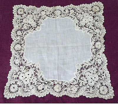 19th C. Off White Lace Handkerchief. European Hand Made Lace Boarder.f # 2. Orig