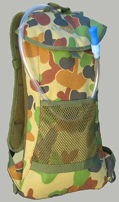 AUSCAM Hydration Pack with FREE Bladder - 2 Litre - Camo, Hunting, NEW - 45% OFF