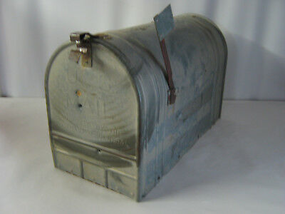 LARGE VINTAGE RUSTIC GALVANIZED STEEL OLD FARM MAILBOX Old School HEAVY