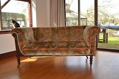Victorian Drop Arm 2 Seater