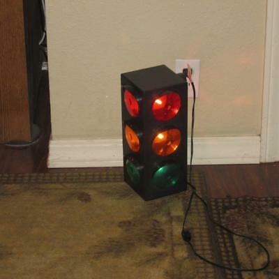 Large Blinking Flashing 3-Sided Multicolor Traffic Light Signals Lamp Party