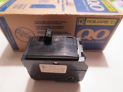 Square D QO 220 Two-Pole 30 amp Circuit Breaker HACR Plug In
