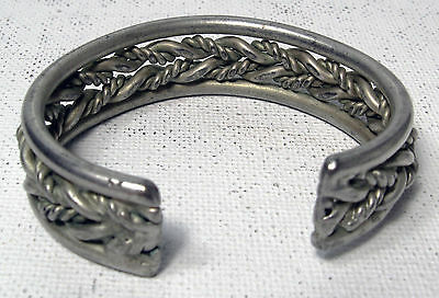 Vintage Metal Serviette/Napkin Holder, Platted Vines Design, Silver Colour