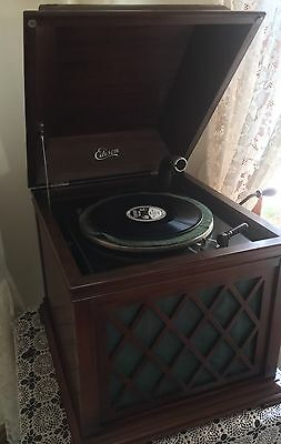 Edison~  Diamond Disc Player  ~  B19  Chalet ~ Phonograph / Gramaphone Table Top