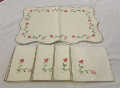 Set of 4 Vintage Hand Embroidered Table Placemats & Matching Napkins