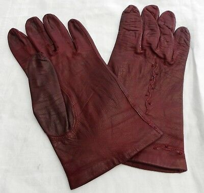 Soft leather gloves with silk lining. Oxblood colour Size 8