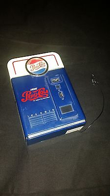 pepsi cola battery powered am fm radio