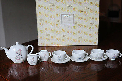 vintage Precious Moments toy tea set - All the world loves a clown - 11pieces
