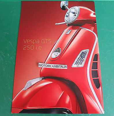 PIAGGIO VESPA 250 ie  GTS SCOOTER PUBBLICITA DEPLIANT BROCHURE CATALOGUE