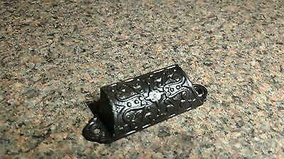 ANTIQUE VINTAGE CAST IRON Cup ORNATE PULL HANDLE PART Hardware Drawer