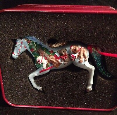 Trail of Painted Ponies BERRY MERRY CHRISTMAS  Ornament 4027273 Horse RETIRED