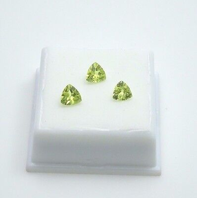 Set of 3 Green Chrysoberyl 2.0TCW - Trillion  - 6x6mm - Loose Gemstones