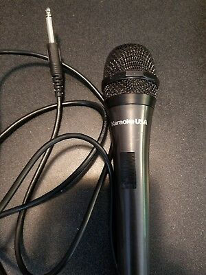 Karaoke Usa M187 Professional Microphone 6.5ft Corded 80Hz-11kHz Black