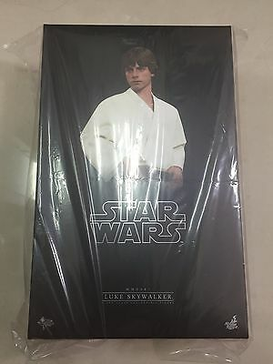 Hot Toys MMS 297 Star Wars Episode IV A New Hope Luke Skywalker Mark Hamill NEW