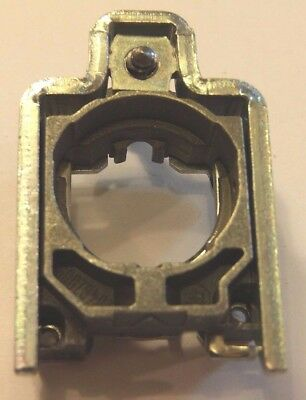 Schneider Electric / Telemecanique Zb4Bz009 Switch Mounting Collar 22Mm Zb4