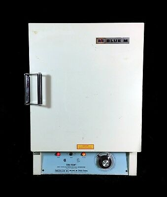 Blue M 100A Stabil-Therm Dry Type Bacteriological Incubator Gravity Convection