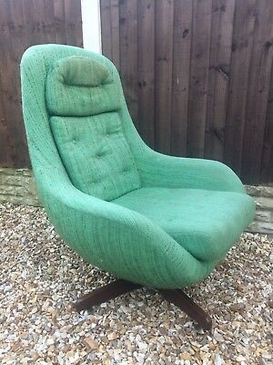 VINTAGE MID CENTURY EGG CHAIR SWIVEL ARMCHAIR TEAK LEGS 1960s 60s