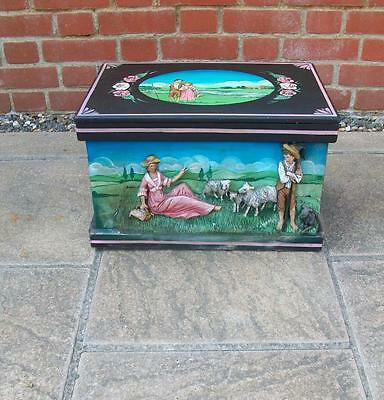 VINTAGE HAND PAINTED WOODEN STORAGE TRUNK CHEST BOX -Raised Picture Scene-