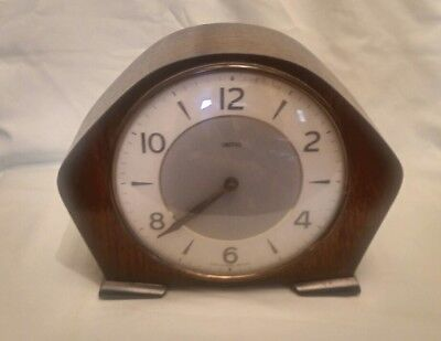 Smiths Art Deco Oak Cased Mantle Clock - GWO  (Ref: C14)