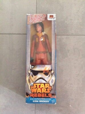 Hasbro A8546 Star Wars Rebels Ultimate Figur Ezra Bridger 30 cm. NEU / OVP