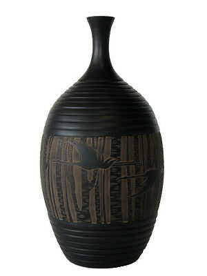Chinese Black Terra Cotta Pottery – 28 cm x 14 cm Engraved Vase - Bamboo Forest