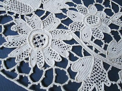 Antique Handmade oval needle  lace white cotton/Flowers/France
