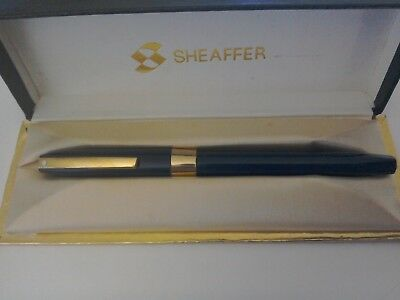 Sheaffer Fountain Pen In Original Box,14 CT Nib.