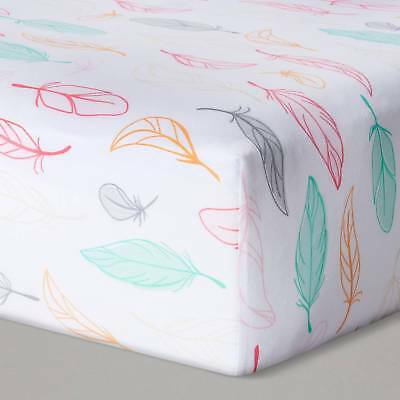 Fitted Crib Sheet Feathers - Cloud Island™ - Pink