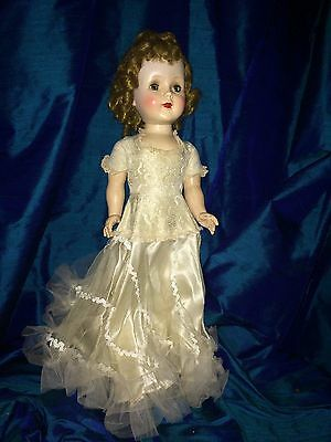 American Character Doll Sweet Sue, Turns Head And Walks, Excellent Condition