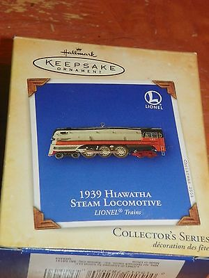 Hallmark Keepsake Ornament diecast '1939 HIawatha Steam Locomotive' - NEW 2004