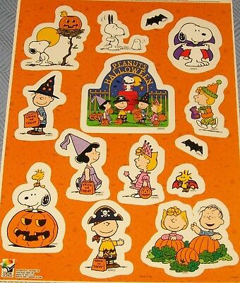 Peanuts Gang Snoopy Halloween Window Cling Decoration Reusable Vinyl CLings New