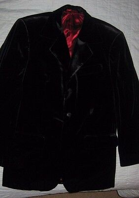 Vintage Black Velvet Smoking/Dinner Jacket with Red Silky Lining SZ 40! SEXY!
