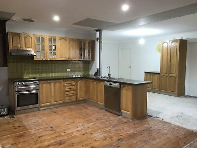 Second Hand Timber Kitchen with Granite Benchtops