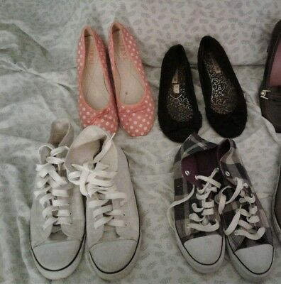 women shoes lot sizes 10 2x and 11 1x and 13 1x. nice fit on size 11 feet
