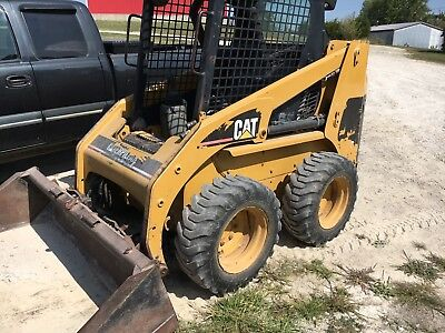 1999 Caterpillar 226 Skidsteer Loader