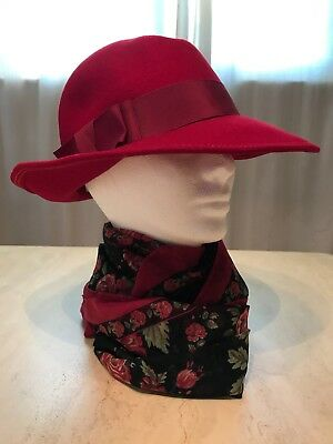 Vintage Wool Felt Hat By Miss Schiaparelli Of Paris, Great Red For The Holidays