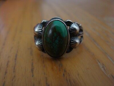 Beautiful Old Navajo Silver Natural Tuquoise Ring EXC Size: 7.5