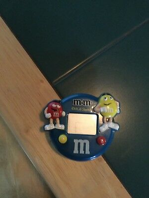 M&M etch a sketch blue  with red &yellow fun size candy inside works