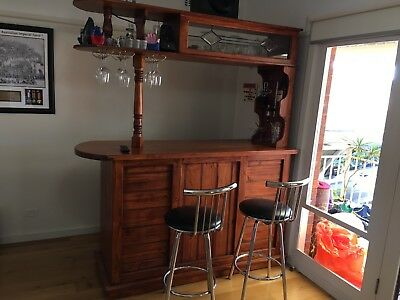 Timber Bar In Excellent Condition