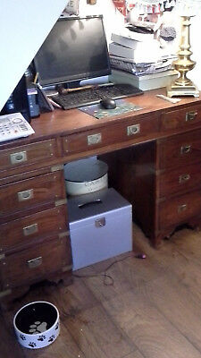 Reproduction Pedastal Desk