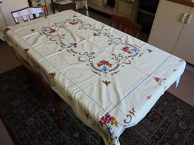 Large Vintage Hand Embroidered Cotton Rose Table Cloth With Serviettes